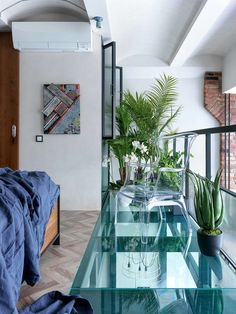Want to see what a tribeca loft looks like? See what millions of interior designers support and get ideas on how to decorate it! Lower Manhattan, Large Bookcase, Metal Stairs, Floral Room, Comfortable Sofa, Loft Design, Bedroom Loft, Industrial Interiors, Large Windows