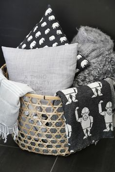 Via Trendenser | MiniFellow Blanket | Finlayson Elefantti Pillow | Ikea Basket | Black White Grey
