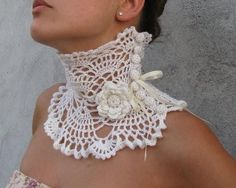 Crochet Collar, inspiration - only a photo Col Crochet, Beau Crochet, Crochet Motifs, Crochet Collar, Irish Crochet, Crochet Shawl, Crochet Stitches, Crochet Patterns, Lace Collar