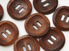 Pack of 8 large wooden buttons, dark brown, 30mm diameter