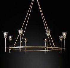 Lumières |Un lustre très moderne. Découvrez les meilleurs lustres et inspirez-vous. #design #piècesàvivre #décoration #lustres #lumières http://magasinsdeco.fr/decouvrez-5-pieces-a-vivre-modernes/