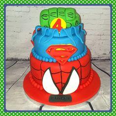 Marvel Superhero cake #superherocake #marvelcake #spidermancake #hulkcake #supermancake #cakescheltenham