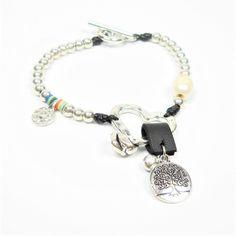 Pulsera de arbol de la vida con cuentas de color plata y corazon - BisuteriaDeModa.es
