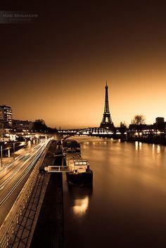 ah, Paris...  so beautiful!