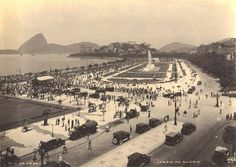 Rio was much more beautiful. Paris Square without Flamengo embankment.