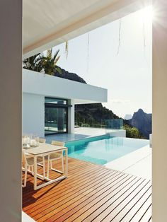 deck | pool | cliff house.