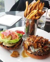 AURA's Burger - Inn at Laurel Point