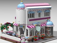 So I& always loved the Front facade and colors of Friends I wanted to work up a modular that maintained a front facing patio, but kept the ba. Pop Up, Egyptian Party, Lego Friends Sets, City Layout, Lego Girls, Lego Activities, Lego Modular, Cool Lego Creations, Lego Design