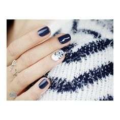 I'll post some pictures of my basket fall here? Here is the navy blue with #carrebleu of #dior desaturated shade too perfect #nails #nailstagram #pshiiit