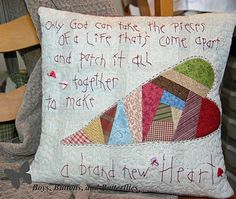 Buttons and Butterflies: Patchwork Heart: Foundation Piecing Tutorial Patchwork Heart, Patchwork Pillow, Quilt Pillow, Heart Cushion, Heart Pillow, Quilting Projects, Sewing Projects, Quilting Ideas, Sewing Ideas