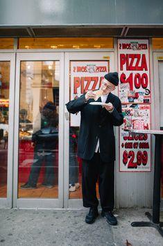一週間スナップ #400 Kevin Yanes(NEPENTHES NEW YORK ショップスタッフ)11月15日(水)分 Look Fashion, Fashion Art, Retro Fashion, Mens Fashion, Fashion Outfits, Pizza Art, Hipster Looks, City Boy, Future Clothes