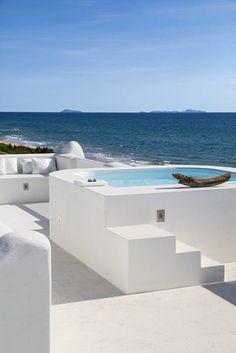 Albercas de estilo mediterraneo por Stefano Dorata