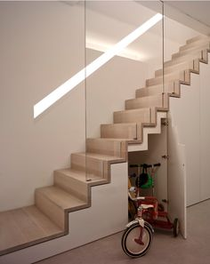 Modern Staircase Design Ideas - Modern stairs come in lots of design and styles that can be genuine eye-catcher in the different location. We have actually assembled best 10 modern versions of stairs that can provide. Wooden Staircase Design, Home Stairs Design, Wooden Staircases, Interior Stairs, Home Interior Design, Staircase Design Modern, Spiral Staircases, Stairways, Staircase Storage