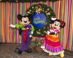 viva navidad! Yep, The Happiest Place on Earth #JustGotMerrier Disneyland #DisneySMMoms http://www.surfandsunshine.com/happiest-place-earth-justgotmerrier/