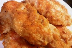 A family favorite, this baked chicken recipe, tastes fried, but isn't. No skin. No frying. Just super moist and flavorful! Move over KFC, I think you found your rival! Pin now, make later! Bakerette.com