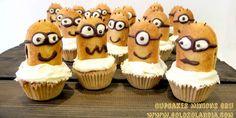 ¿Que os parece mi ejercito de #Cupcakes #Minions de #Gru? Fácil #receta casera paso a paso.Incluye video en hd #golosolandia  http://www.golosolandia.com/2015/06/cupcakes-minions-de-gru.html