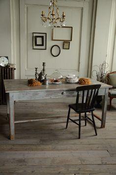 アンティーク フランス フレンチ インテリア 家具 ダイニングテーブル 椅子 コーディネート 部屋 antique furniture dining table chair coordinate interior french france england decoration