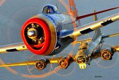 P-47 y B-17, y con tan sólo mirar a los motores de pistones radiales gloriosos.