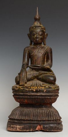 16th C., Burmese Wooden Seated Buddha on Double Lotus Base