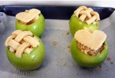 Cake baked in fresh apples