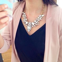 Snow White Statement Necklace 22,90 € #happinessbtq