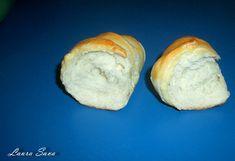 Cornuri moi si pufoase   Retete culinare cu Laura Sava - Cele mai bune retete pentru intreaga familie Mai, Bread, Food, Meal, Essen, Hoods, Breads, Meals, Sandwich Loaf