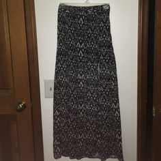 NWT Aztec Print Skirt This skirt is split on each side (pictures 2 and 3) and has a short black skirt underneath it. Sheer material, very flowy. H&M Skirts Maxi