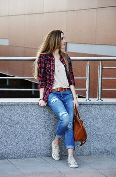 (O) casual sporty outfits, trendy outfits, teen fashion, fashion outfits, w Casual Sporty Outfits, Casual Summer Outfits For Women, Classy Outfits, Stylish Outfits, Fall Outfits, Casual Jeans, Fashion Mode, Teen Fashion, Fashion Outfits