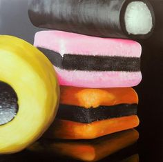 Collections of sweets - zoom in for a close up section? FOR VICTORIA Sweets Art, Sarah Graham, Close Up Art, Sweet Drawings, Liquorice Allsorts, Close Up Photography, Candy Photography, Collections Photography, Candy Art