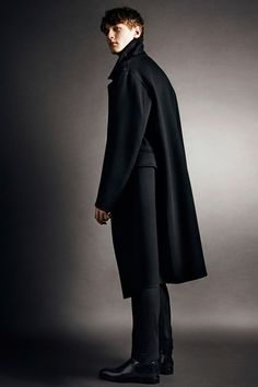Tom Ford. Tom Ford Fall Winter 2014 2015 Menswear Collection.   Style.com #TomFord