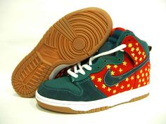 Anti-fraud - The North Face Nike Sb Dunks, Discount Nikes, Sports Shoes, The North Face, Air Jordans, Baby Shoes, Sneakers Nike, Navy, Red