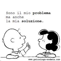 E' nella crisi che emerge il meglio di ognuno, perché senza crisi tutti i venti sono solo lievi brezze. Parlare di crisi significa incrementarla, e tacere nella crisi è esaltare il conformismo. Invece, lavoriamo duro. Finiamola una volta per tutte con l'unica crisi pericolosa, che è la tragedia di non voler lottare per superarla. – A. Einstein Lucy Van Pelt, School Tool, Italian Quotes, Funny Phrases, Charlie Brown And Snoopy, Snoopy And Woodstock, Love You, My Love, More Than Words