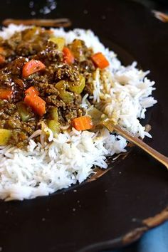 original_title] – Oxtail Recipes South African Curry and Rice – Dinner is served! – South African Curry and Rice – Dinner is served! South African Dishes, South African Recipes, Indian Food Recipes, Ethnic Recipes, West African Food, Mince Recipes, Curry Recipes, Beef Recipes, Cooking Recipes