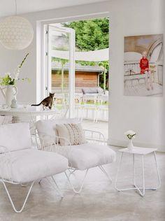 Cliquez sur les liens pour lire les articles en entier   Click on the links to read full posts   *     - Jolies demeures -        Une belle...