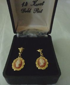 GORGEOUS VINTAGE 14 K GOLD PLATED WITH 14 K GOLD POST CAMEO DANGLE EARRINGS
