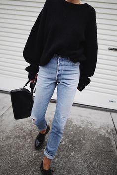 outfit with jean jacket ~ outfit with jean jacket . outfit with jean jacket winter . outfit with jean jacket black girl . outfit with jean jacket and leggings . outfit with jean jacket summer . outfit with jean jacket fall . outfit with jean jacket men Street Style Outfits, Mode Outfits, Winter Outfits, Casual Outfits, Fashion Outfits, Fashion Trends, Denim Outfits, Legging Outfits, Latest Fashion