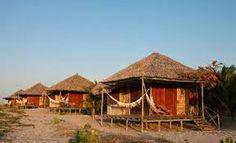 Resultado de imagem para bangalôs rusticos no Brasil