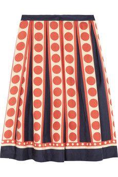 polka dots and pleats