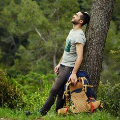 Το γνωρίζατε; Οι κιρσοι προκαλούν αίσθημα βάρους στα πόδια, πέρα από το αισθητικό πρόβλημα το οποίο δημιουργούν. Κάποιοι ασθενείς αναφέρουν ως συμπτώματα και το αίσθημα καψίματος, τις κράμπες και τα οιδήματα. Wood Watch, Fashion, Wooden Clock, Moda, Fashion Styles, Fashion Illustrations