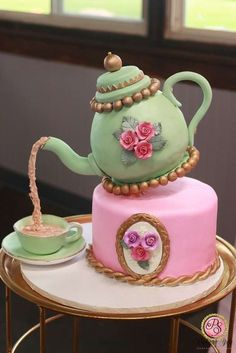 The birthday cake at this Tea Party Baby Shower is gorgeous! - Tolle Torten - Baby Tips Girls Tea Party, Tea Party Theme, Tea Party Birthday, Birthday Cake Girls, Baby Birthday, Tea Party Cakes, Tea Parties, Tea Party Baby Shower, Baby Shower Cakes