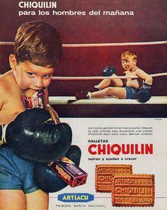 """La publicidad es una disciplina longeva cuyos orígenes se remontan a la Edad Antigua. Sin embargo, no fue hasta principios del siglo XX cuando la industria publicitaria comenzó a profesionalizarse. El siglo pasado fue el de la consolidación de la publicidad tal y como hoy la conocemos y está repleto de auténticas """"joyas"""" publicitarias, que … Old Advertisements, Advertising, Vintage Ads, Vintage Posters, Spanish Posters, Retro Kids, Kool Kids, Child Smile, Family Humor"""