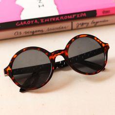 56 melhores imagens de óculos   Girl glasses, Boots e Eyeglasses 260ad739ef