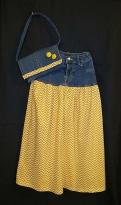 Nähprojekte Kleidung Upcycling Buttons 45 Ideen Source by jeans - Diy and crafts interests Chevron Fabric, Yellow Chevron, Trend Fashion, Diy Fashion, Diy Kleidung, Diy Vetement, Diy Jeans, Denim Crafts, Creation Couture