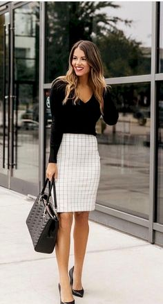 Check latest office & work outfits ideas for women, office outfits women young p. Check latest office & work outfits ideas for women, office outfits women young p. Check latest office & work outfits ideas for women, office Business Casual Outfits For Work, Classy Work Outfits, Summer Work Outfits, Curvy Outfits, Mode Outfits, Fashion Outfits, Casual Office, Chic Outfits, Office Chic