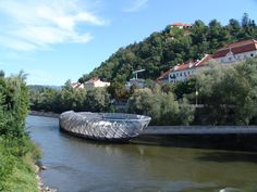 Graz floating deck
