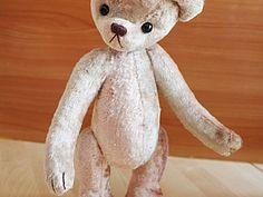 Выкройка медвежонка классического прошлого века модернизированная. Рост мишки будет 30 см.Распечатать в формате А4. Выкройка дана с припусками на швы. Желаю приятного пошива.