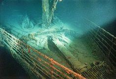 Real Titanic Pictures Underwater