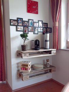 Regal aus alten Euro-Paletten Liquor Cabinet, Euro, Bookcase, Shelves, Storage, Furniture, Home Decor, Shelf, Shelving
