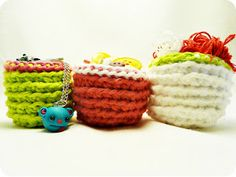KNOW AND TELL CRAFTS: DIY CROCHETED BOWLS