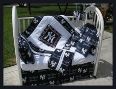NEW YORK YANKEES baby crib bedding set!! Whaaaatt??? :) click the picture for something special :)